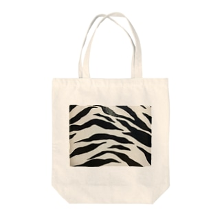ゼブラ Tote bags