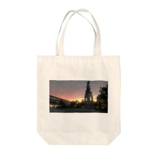 時計台×夕焼け Tote bags
