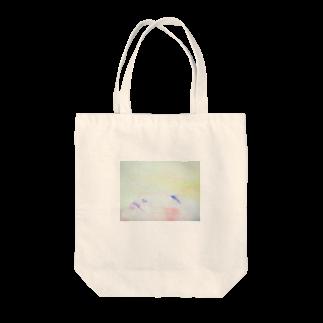 きりちゃんのにこにこショップの眠るアジアの美女 Tote bags