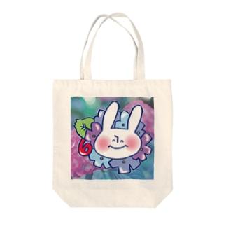 6月のうさぎ Tote bags