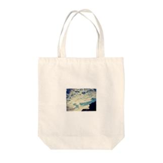 うろこ雲 Tote bags