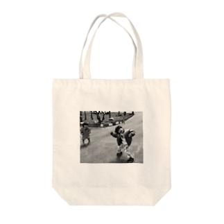 カッチョいいじゃん Tote bags