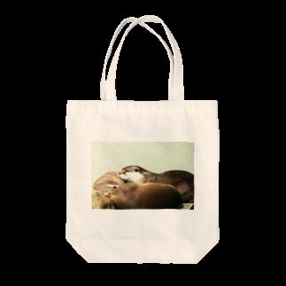 Kengo Kitajimaのカワウソ Tote bags