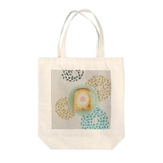 いい目玉焼きパン Tote bags