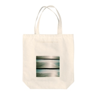 movies:瞼の裏の海 Tote bags