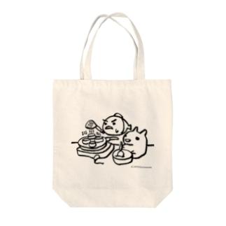 パンケーキをつくる小梅うさぎと桃子さかな Tote bags
