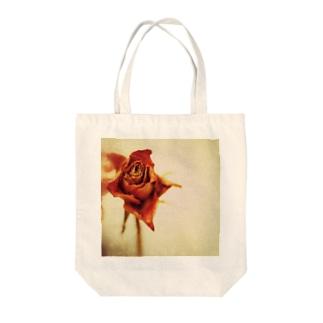 ドライフラワー(薔薇) Tote bags