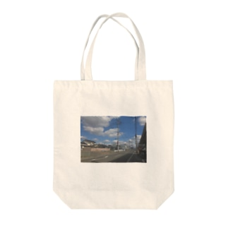 九州の朝の空 Tote bags
