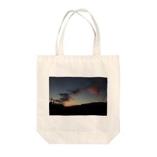 日没 Tote bags