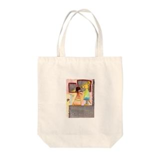 キツネの舞踏会 Tote bags