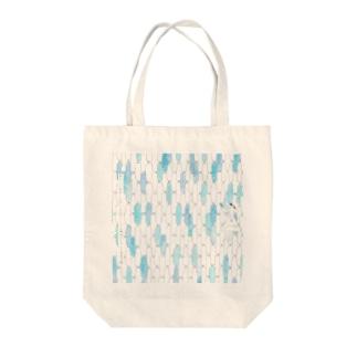 春空に千鳥格子の鳥たちを逃がしてつくる無地のスカート Tote bags