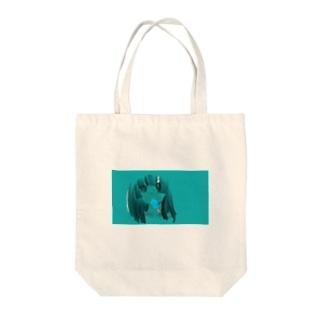 なつあつい Tote bags