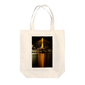 青森ベイブリッジ(Gold) Tote bags