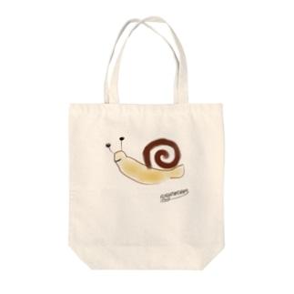 カタツムリ Tote bags