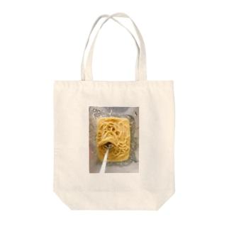 カルボナーラ Tote bags