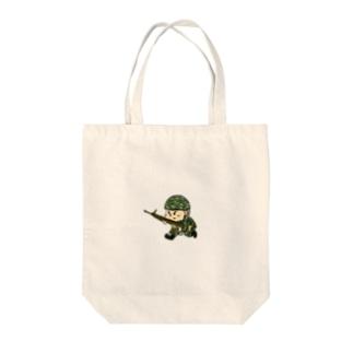 戦場くん Tote bags