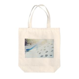 日曜日のすべり台 Tote bags