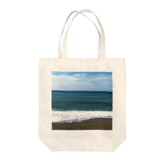 太平洋は広かった Tote bags