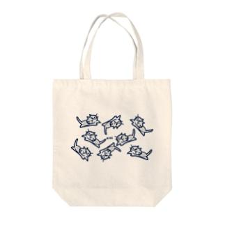 ハチワレ猫のニケ Tote bags