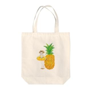 パイナップルガール Tote bags