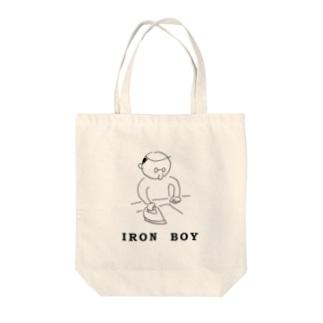 アイロンボーイ Tote bags