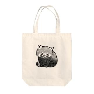 愛嬌を振りまくレッサーパンダ Tote bags