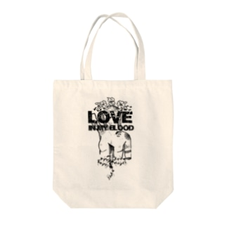 Love in my blood Tote bags