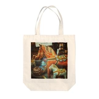 vintage Dalahast Tote bags