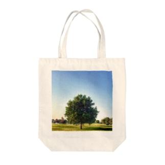 Abū Dhabī tree Tote bags