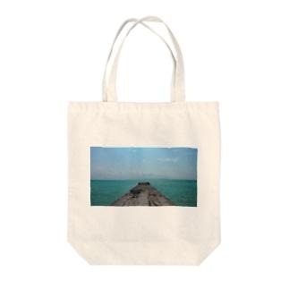沖縄竹富島の桟橋 Tote bags