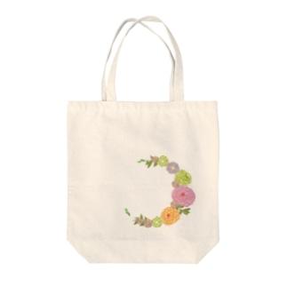 Crescent Bouquet Tote bags