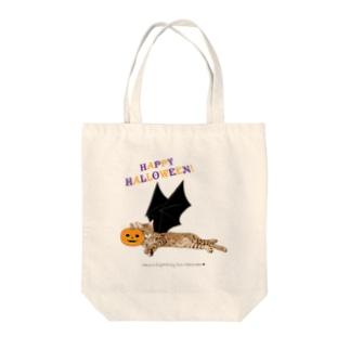 ハロウィン猫たまき Tote bags