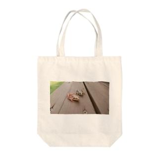 仲良しカエル日和 Tote bags