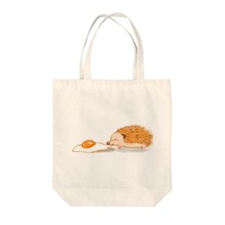 ひっぱり目玉焼き Tote bags