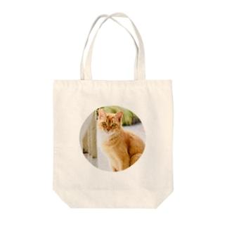 ふりむくねこ(まる) Tote bags