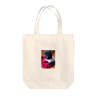 アルフレッド Tote bags