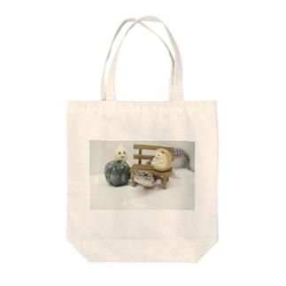 ふゆちゃんトンネル Tote bags