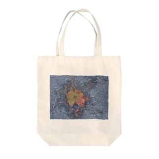 kittanee Tote bags