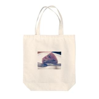 バナナケーキ Tote bags