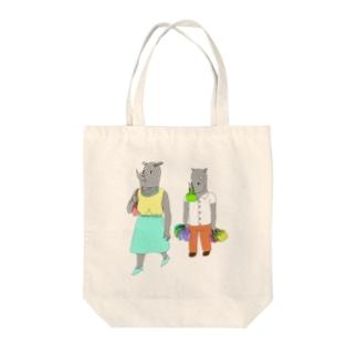 荷物を持たされるサイ Tote bags