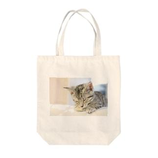 おひるね子猫(マンチカン) Tote bags