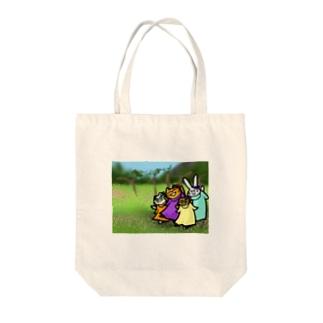 お花と踊る Tote bags