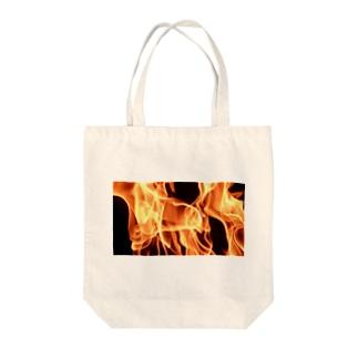 炎中 Tote bags