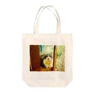 窓辺のマァ坊 Tote bags
