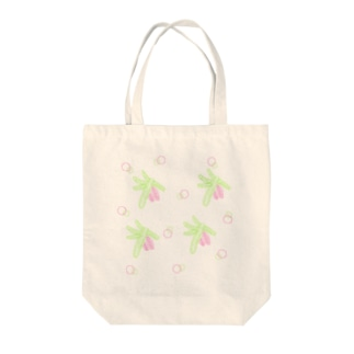 spruce branch with cones Tote bags
