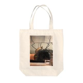 おチビ(ミシシッピニオイガメ) Tote bags