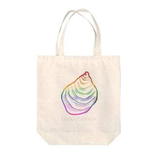 イノセラムス・極彩色 Tote bags