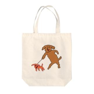 犬と犬おさんぽ Tote bags