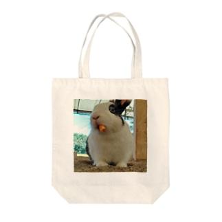 「モグモグうさぎ」 Tote bags