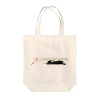 伸び伸びパトちゃん Tote bags